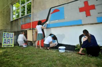 17.II Dzień malowania muralu z Pogromcami Bazgrołów (foto - A Naider)