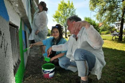 2.II Dzień malowania muralu z Pogromcami Bazgrołów (foto - A Naider)