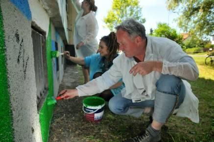 24.II Dzień malowania muralu z Pogromcami Bazgrołów (foto - A Naider)