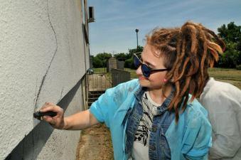 5.II Dzień malowania muralu z Pogromcami Bazgrołów (foto - A Naider)